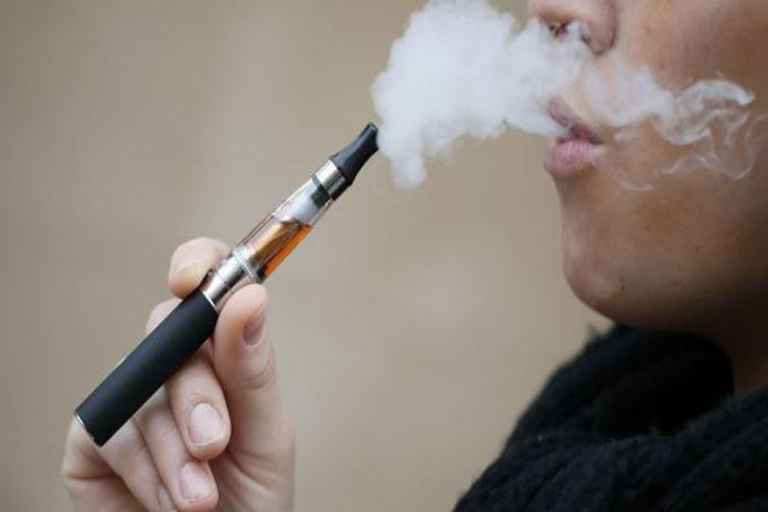 Venezuela prohíbe comercialización de cigarrillos electrónicos