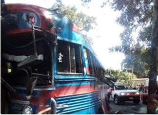 25 heridos dejó choque de bus en carretera Tacarigua-Bucarito en Carabobo