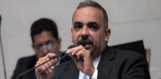 """Teixeira sobre consulta a comunas: """"Generará mayor corrupción"""""""