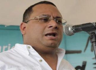 """Ronderos denuncia """"sendos megapagones"""" en Margarita y Coche"""