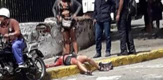 Por una esquina: Una mujer fue apuñalada por otra en Caracas