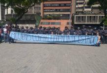 Mujeres del sector público salieron protestar y la PNB se la impidió