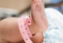 """""""No murió de mal de ojo fue de desnutrición"""": bebé de un mes falleció en Coro"""