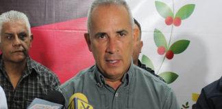 Bernal: Nuestros Sukhoi pueden bombardear Bogotá y volver en tres minutos