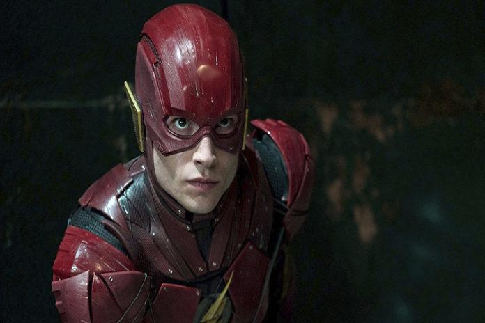 Ezra Miller se queda como Flash y llegará en el 2022