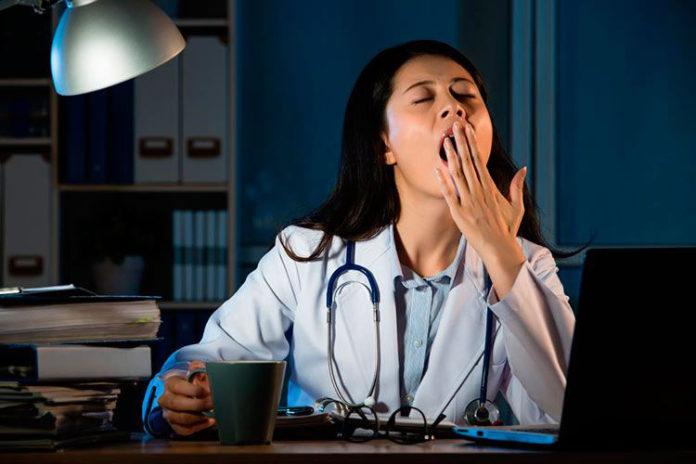 Trabajar en el turno nocturno podría ser causa de cáncer, revela estudio