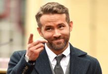 Ryan Reynolds a punto de ser aplastado por una valla (+Video)