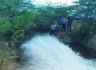 Viceministro del MinAguas recorre estación de bombeo y planta potabilizadora Tarana