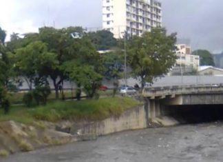 Tres cadáveres con disparos en la cabeza son hallados en el Guaire