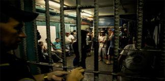 Tiroteo en cárcel de Honduras mueren 18 presos y destituyen al director de ese penal