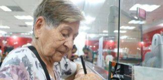 Hoy 19-D abuelos cobran pensión de Bs. 150.000