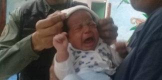 Bebé fue abandonado en un basurero y la GNB lo rescata en Quinta Crespo