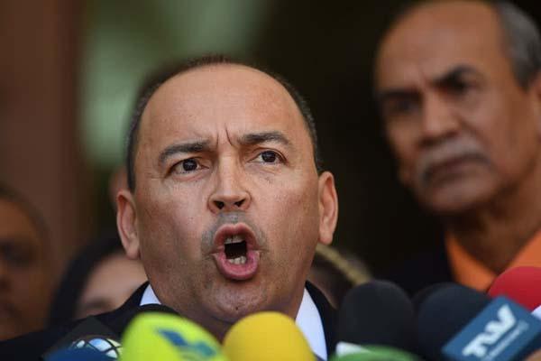Oficialistas: Diputados opositores vinculados a trama de corrupción deben desincorporarse de AN