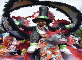 Hoy 27-Dic la Mojiganga recorrerá La Vela