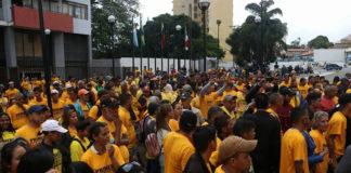 PJ denuncia «farsa» personas con camisas del partido en apoyo a José Brito en el TSJ