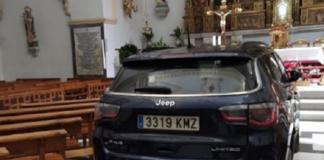 Por estar poseído estrelló su camioneta en el altar de una iglesia