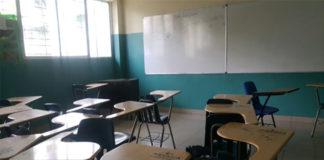 FVM: 100 mil docentes han abandonado las aulas