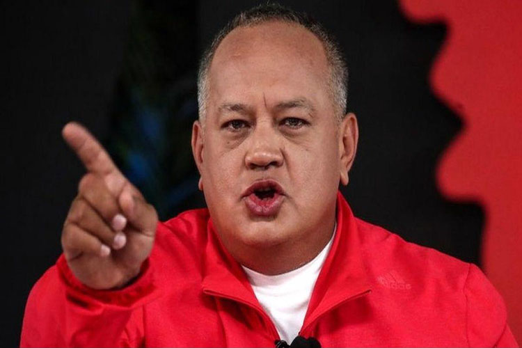 Diosdado Cabello: «Se perseguirá a funcionarios que cobren para surtir combustible»