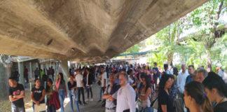 En la UCV detonaron bombas lacrimógenas