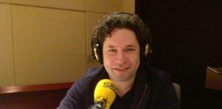 """""""En casa con Gustavo"""", el programa radial de Dudamel por cuarentena"""