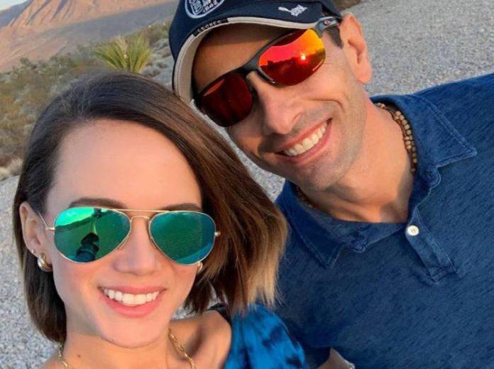 Así presentó Capriles a Sofía, su primera hija con Valeria Valle (+Video)