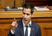 "Guaidó insiste en que Maduro ""ampara a grupos irregulares"""